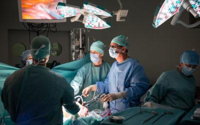 Comment fait-on le tri des urgences chirurgicales au bloc opératoire?